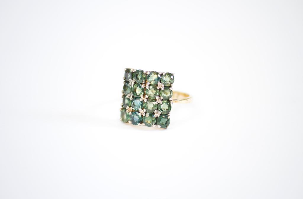 green sapphires handmade ring