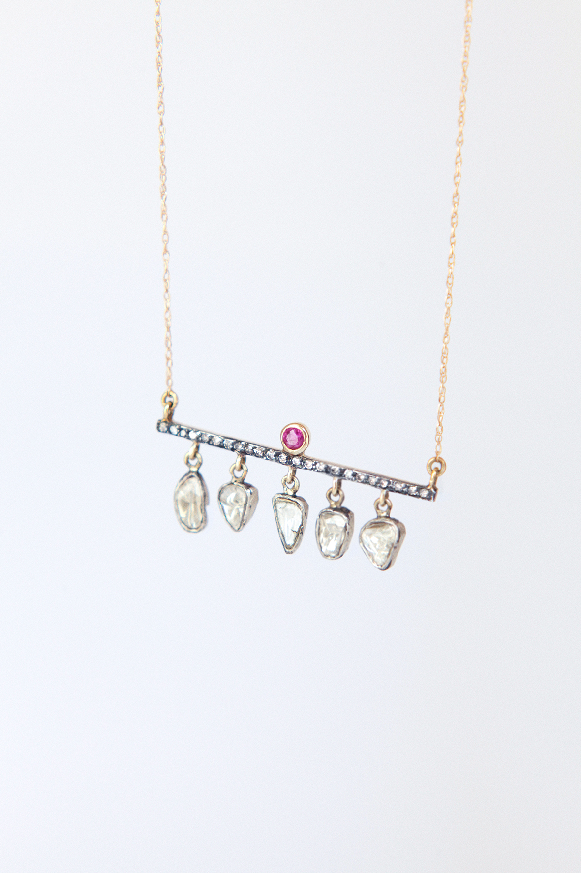 Flat diamonds bar necklace with ruby