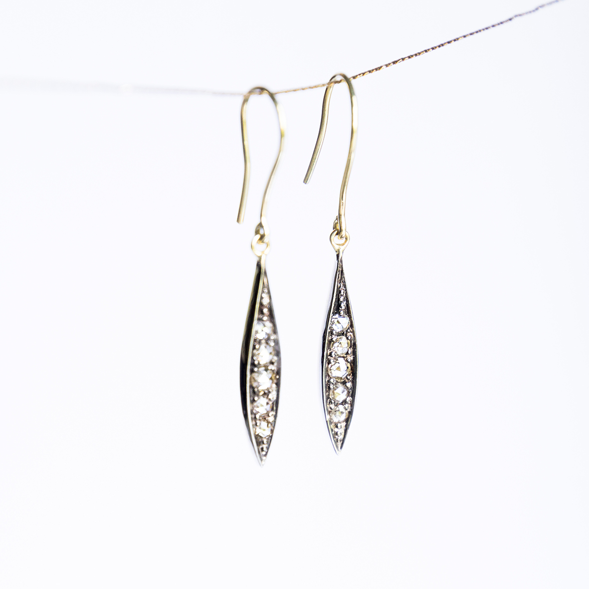1. OONA_lotus_ficha2_leaves earrings copia