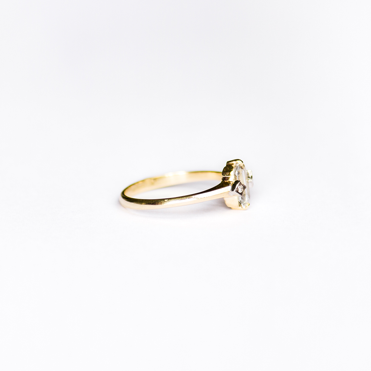 2. OONA_engagement_ficha2_single sapphire ring 2 copia