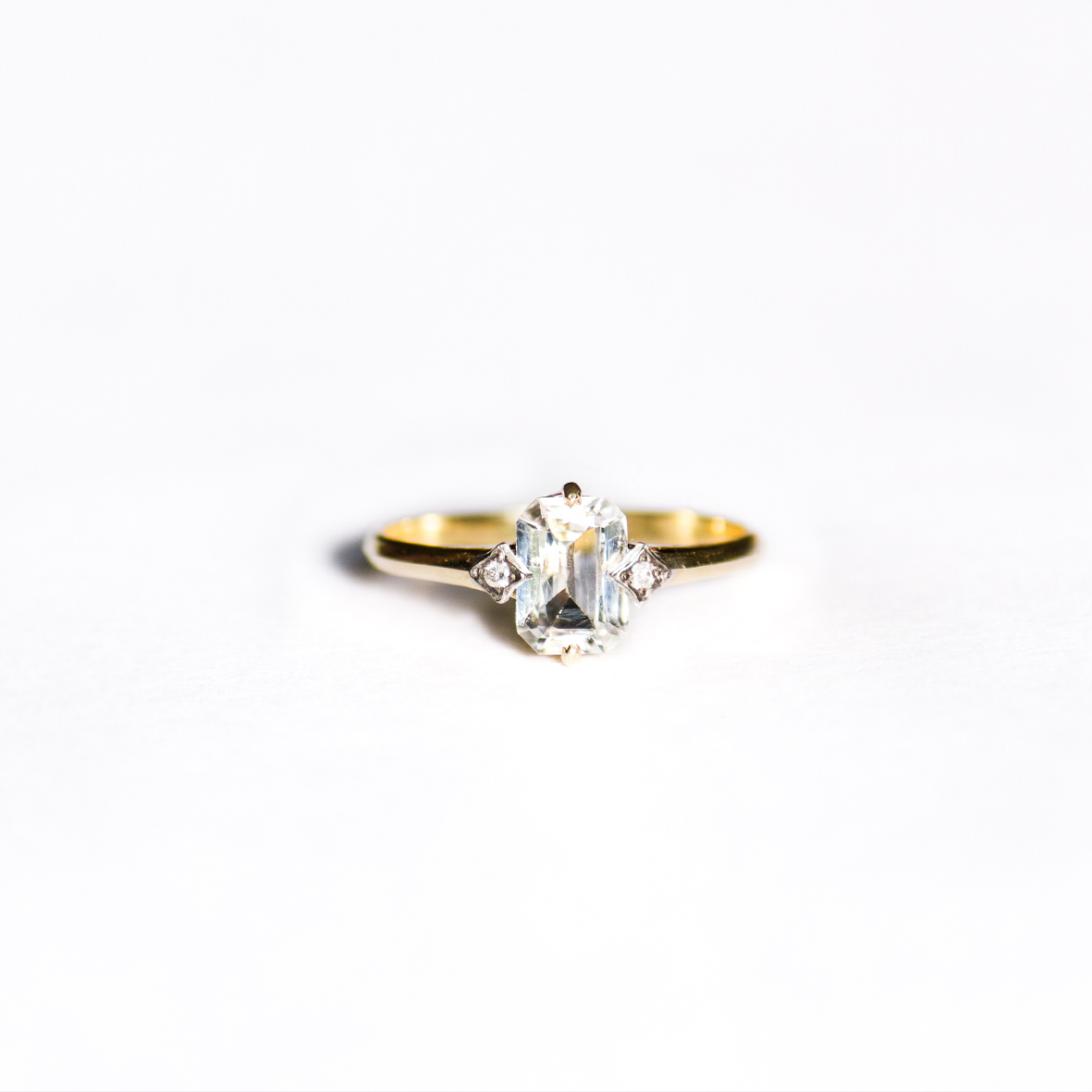 2. OONA_engagement_principal_single sapphire ring copia