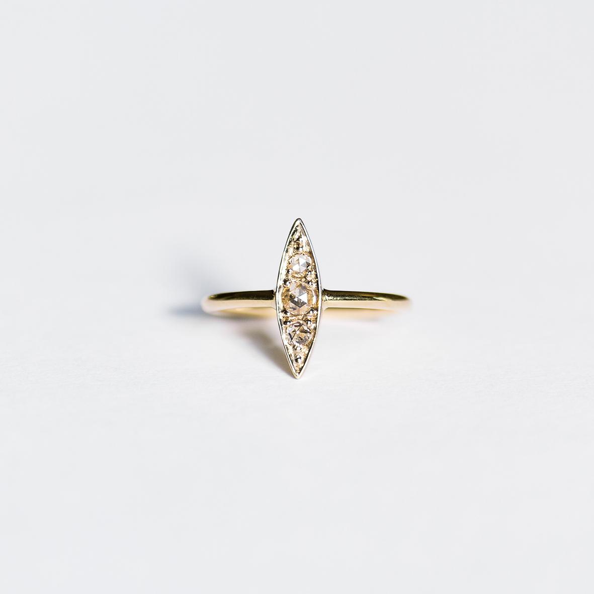 2. OONA_lotus_ficha1_leaf ring copia