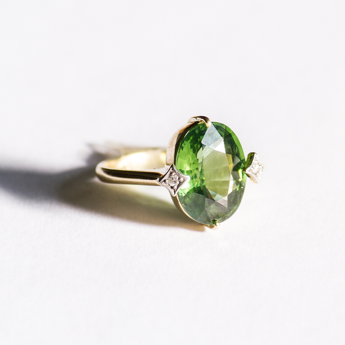 3. OONA_gems of ceylon_ficha2_green zircon copia