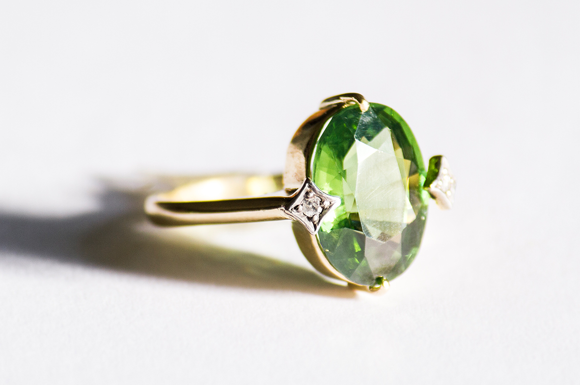 3. OONA_gems of ceylon_principal_green zircon copia