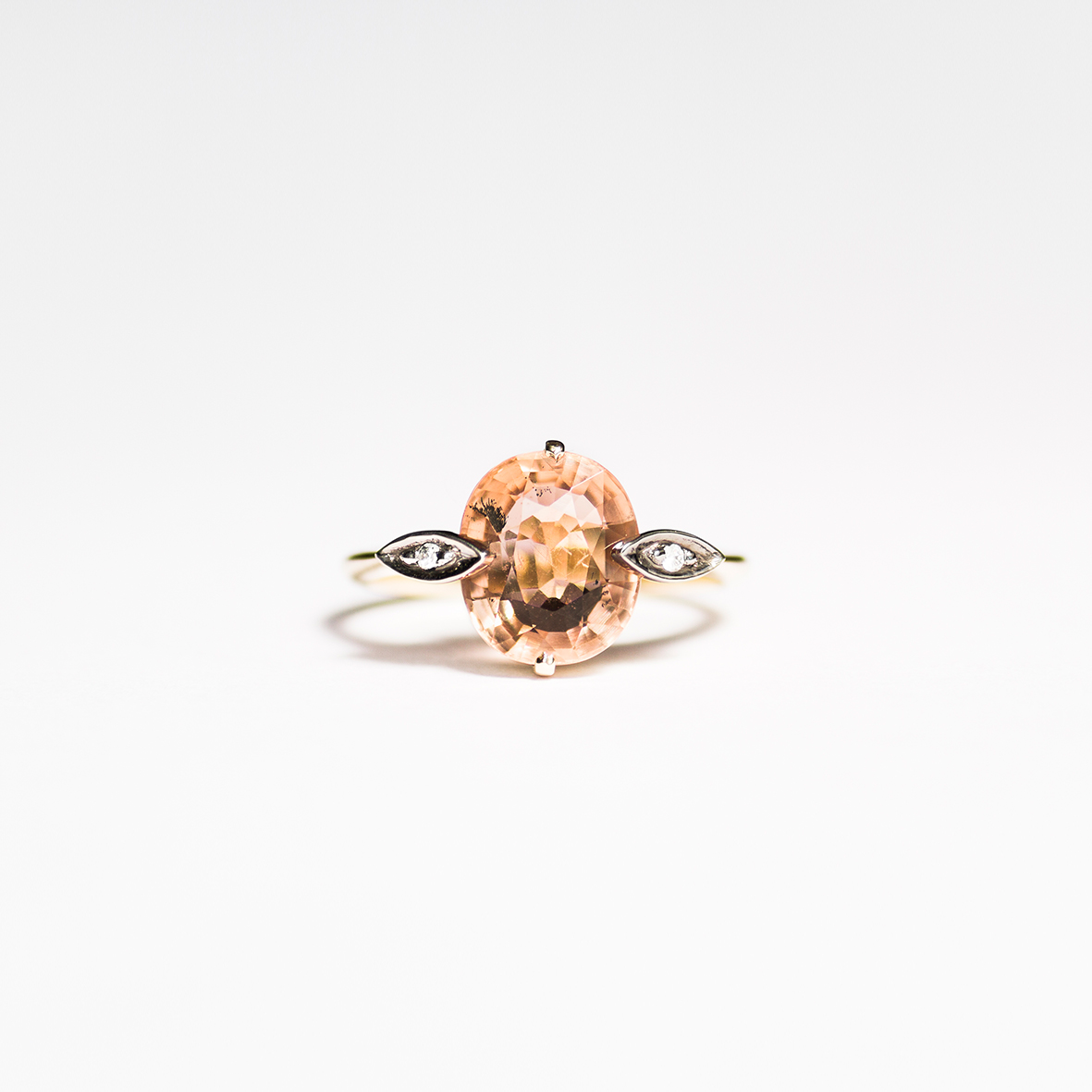 1. OONA_engagement_ficha1_peach tourmaline ring