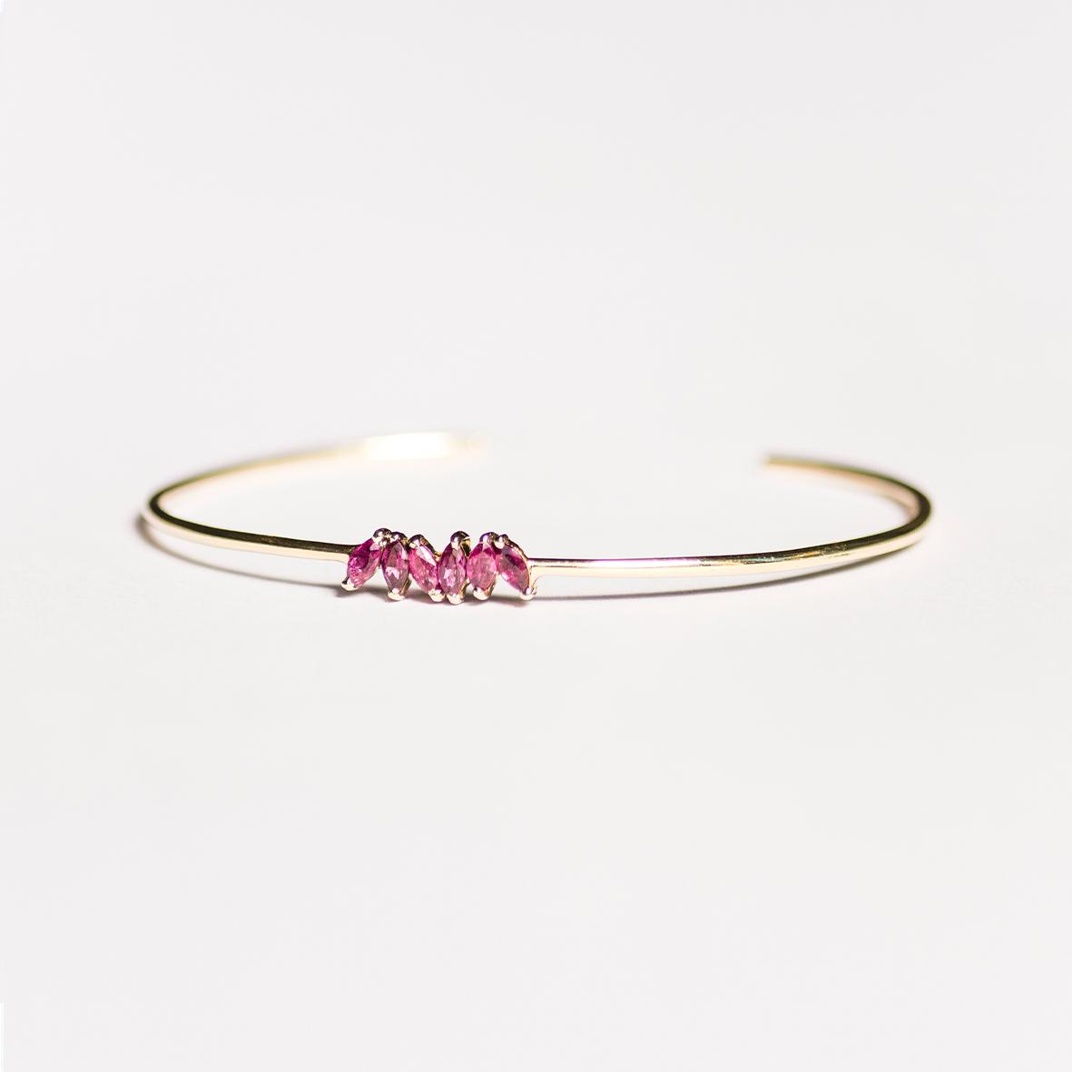 2. OONA_philo_ficha2_ruby petals sapphire bracelet