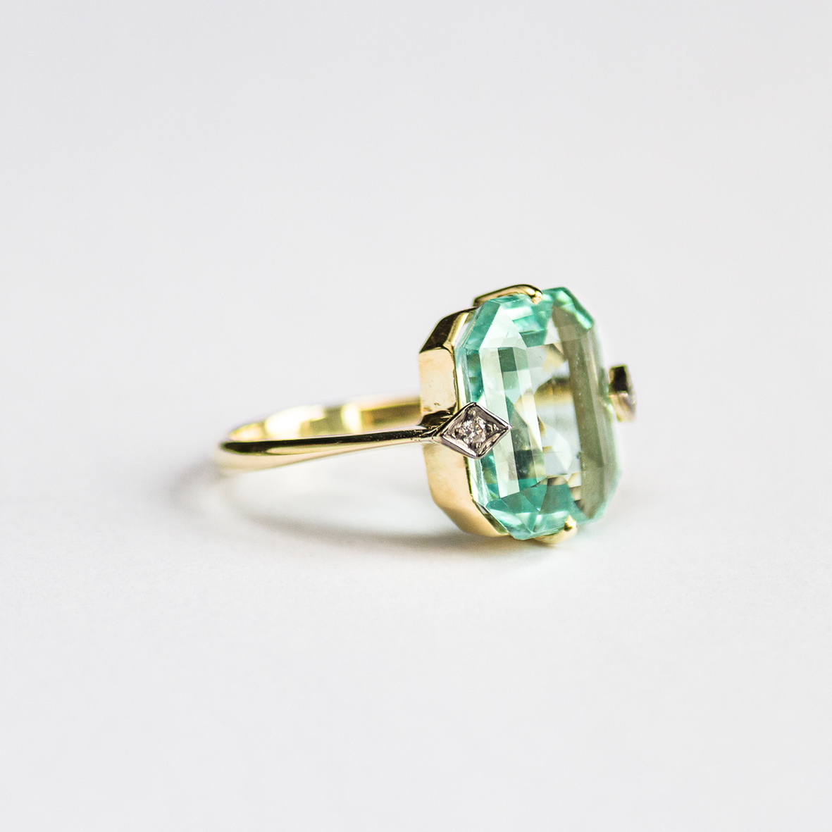 1. OONA_gems of ceylon_ficha3_green aquamarine ring