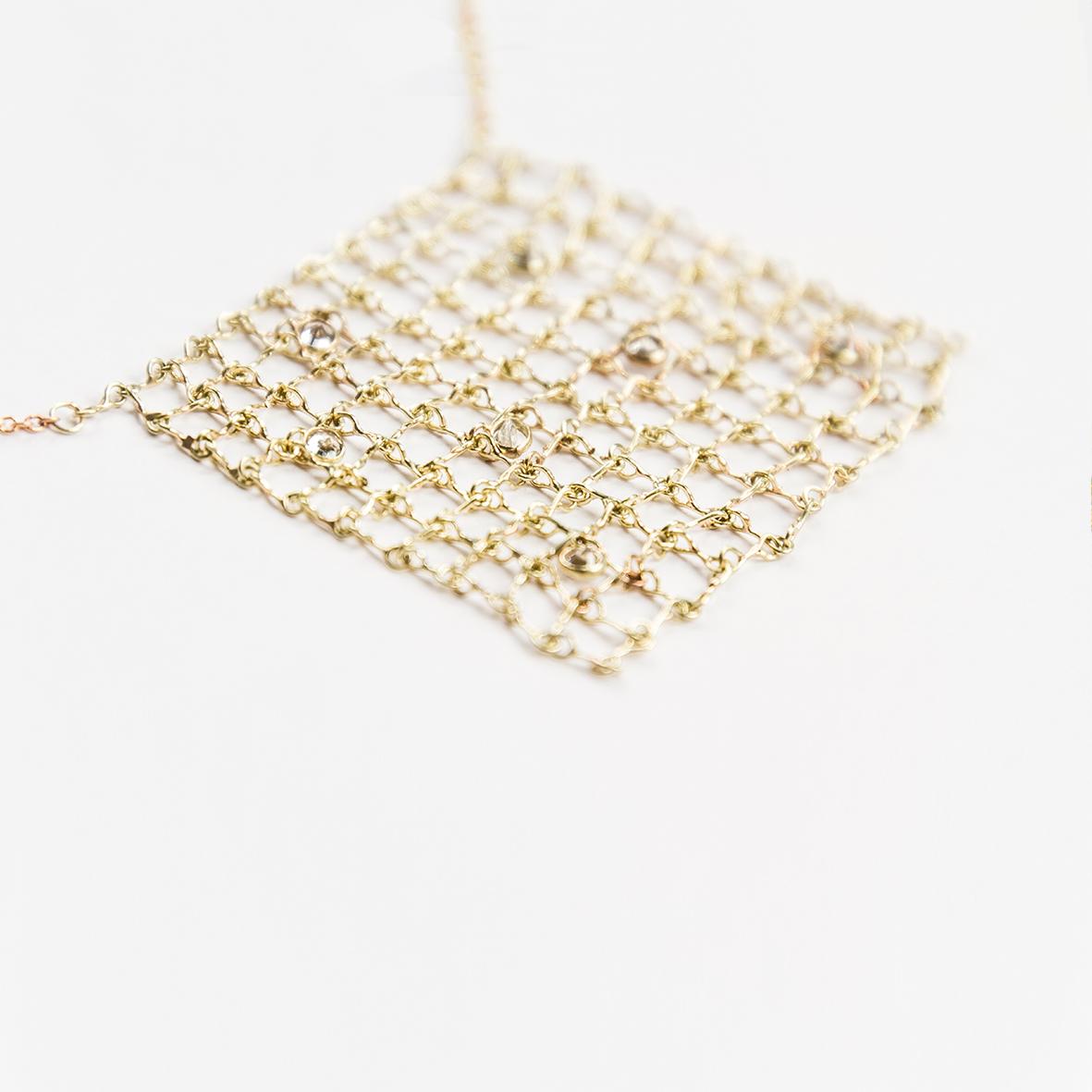 2. OONA_philo_ficha2_sapphire square net necklace