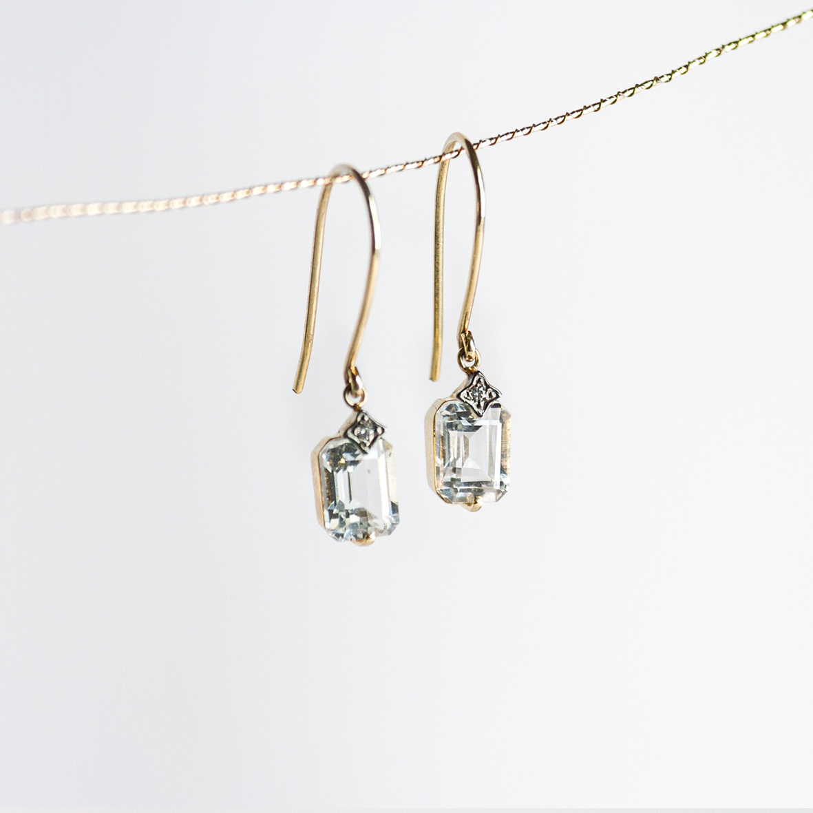 X. OONA_philo_ficha1_topaz emerald earrings (1)