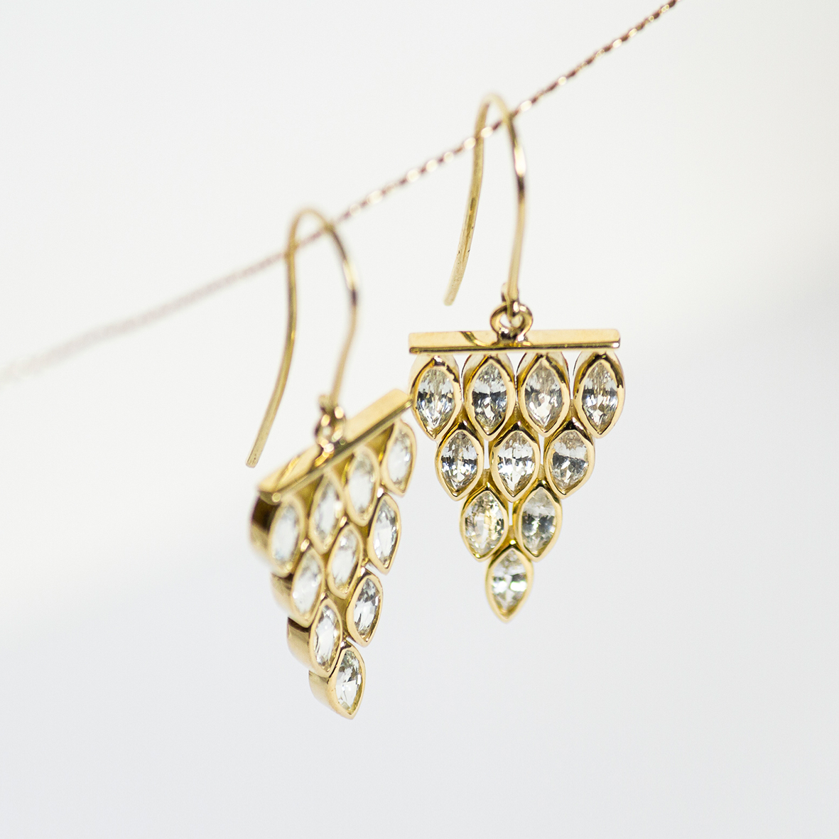 2. OONA_philo_ficha2_cascade marquise sapphire earrings