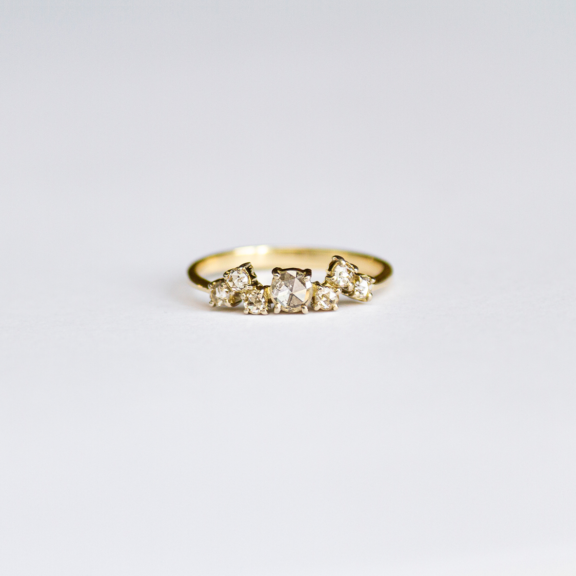 3. OONA_engagement_ficha1_wave diamonds ring