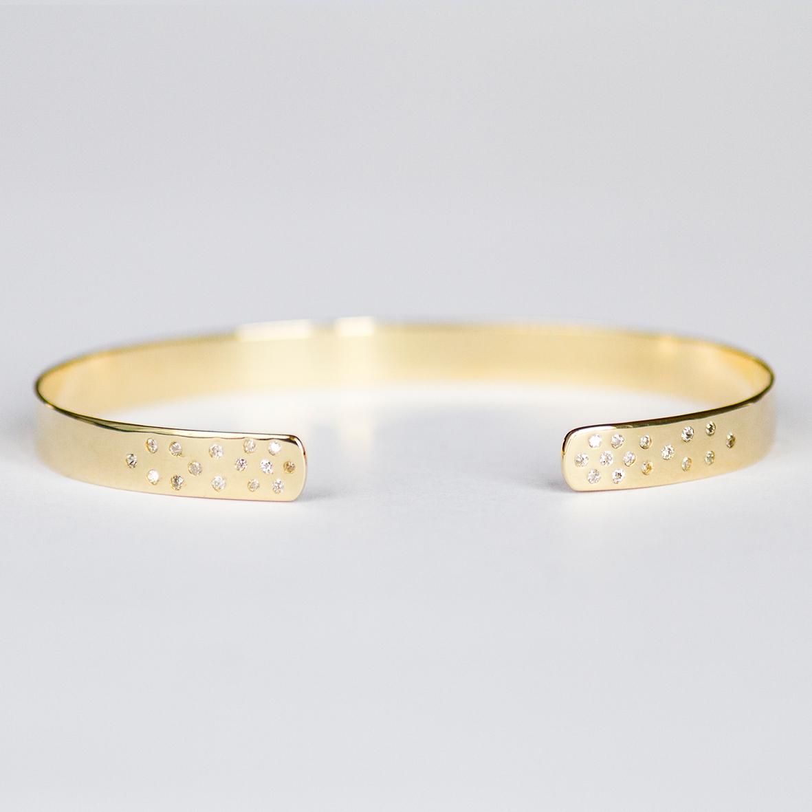 4. OONA_lotus_ficha1_diamond dotted bracelet
