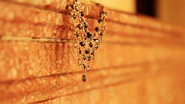 craftmanship necklace