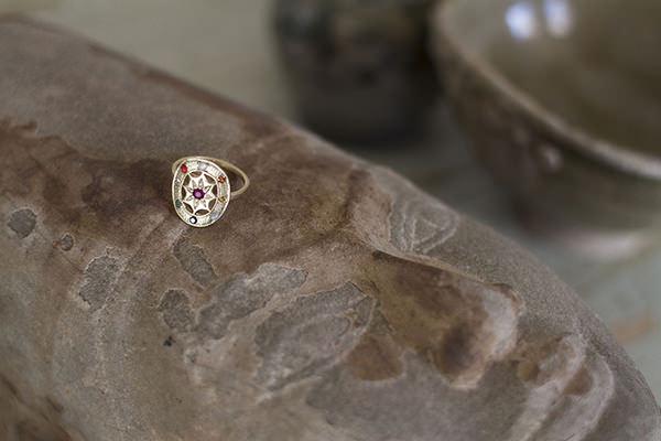 engagement artisan ring