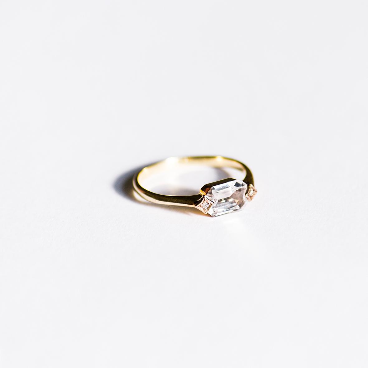 5. OONA_engagement_ficha1_single sapphire ring copia