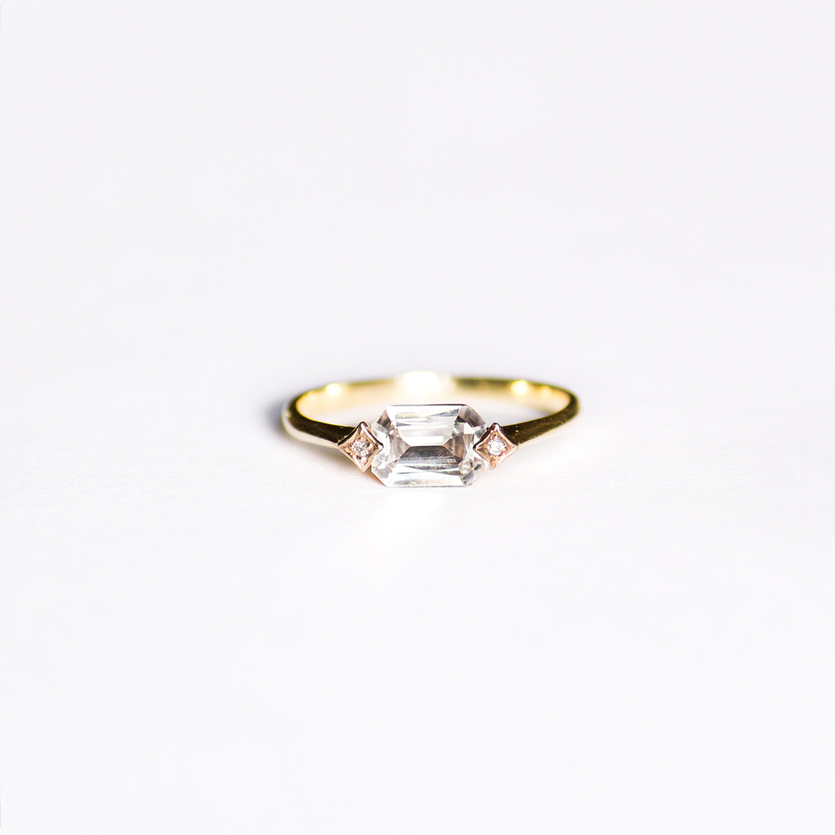 5. OONA_engagement_principal_single sapphire ring copia