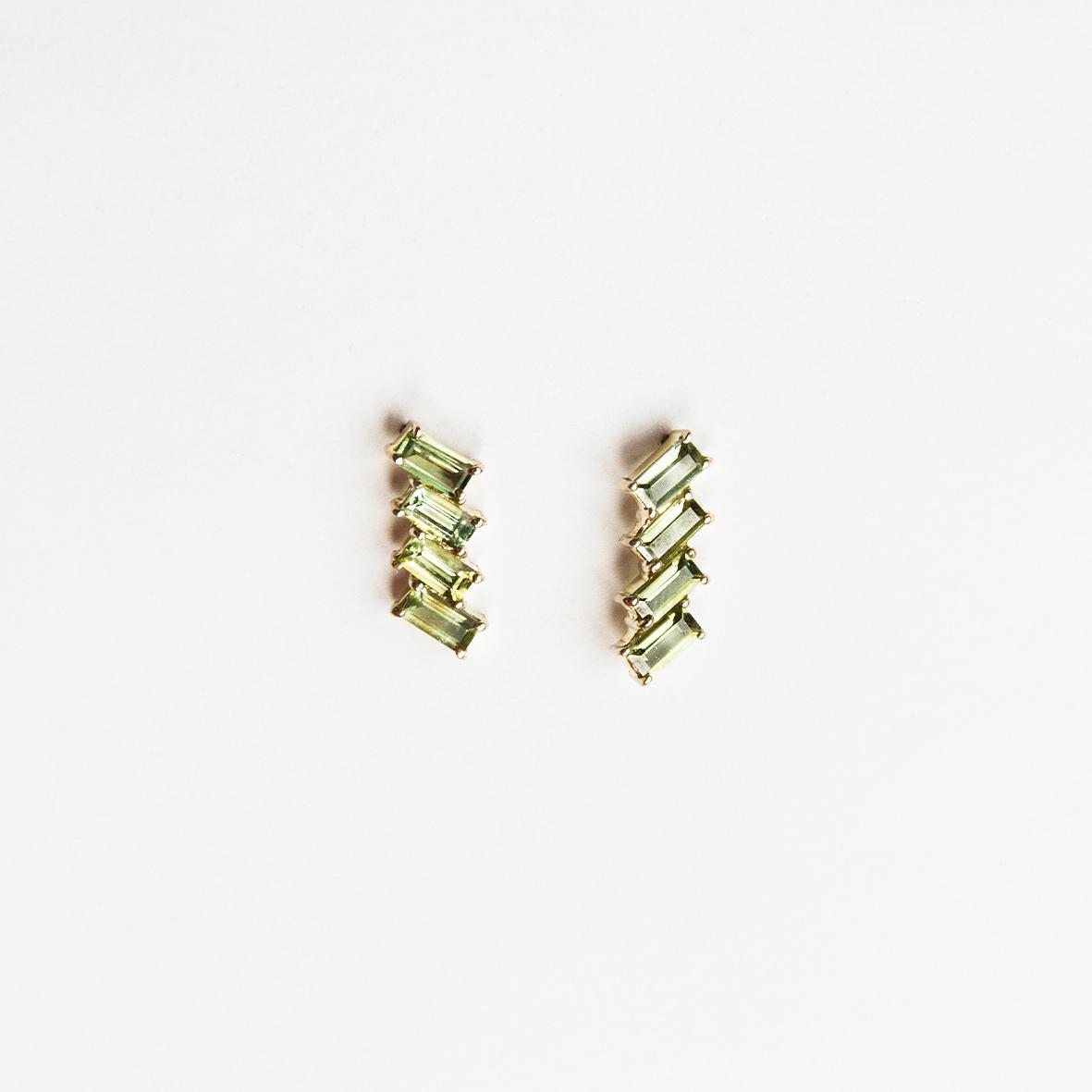 7. OONA_philo_ficha1_deco green sapphire earrings