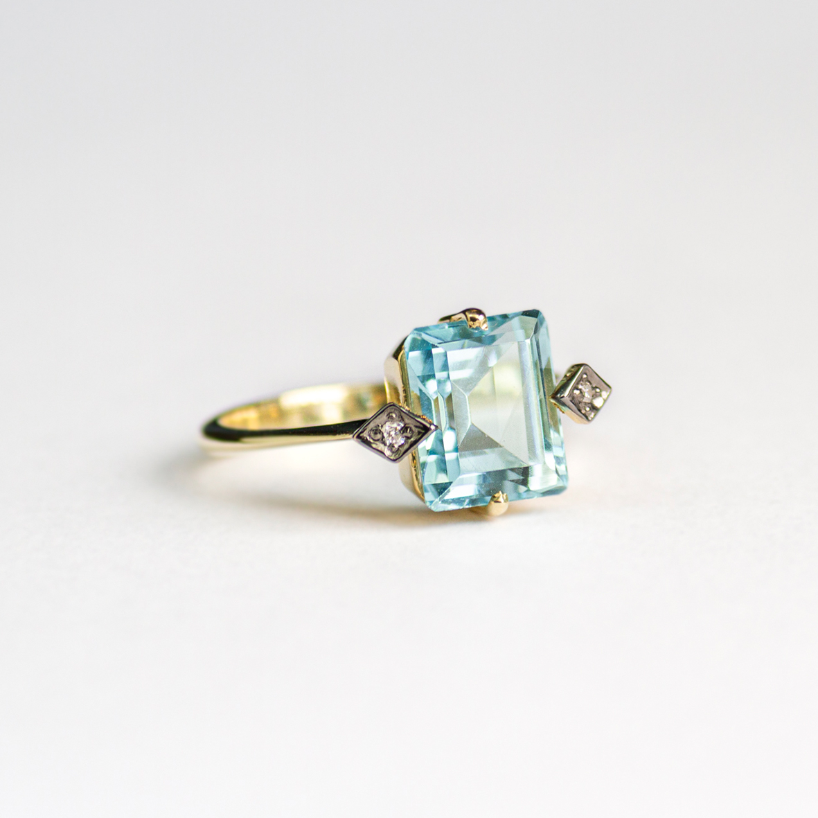 3. OONA_gems of ceylon_principal_blue aquamarine ring