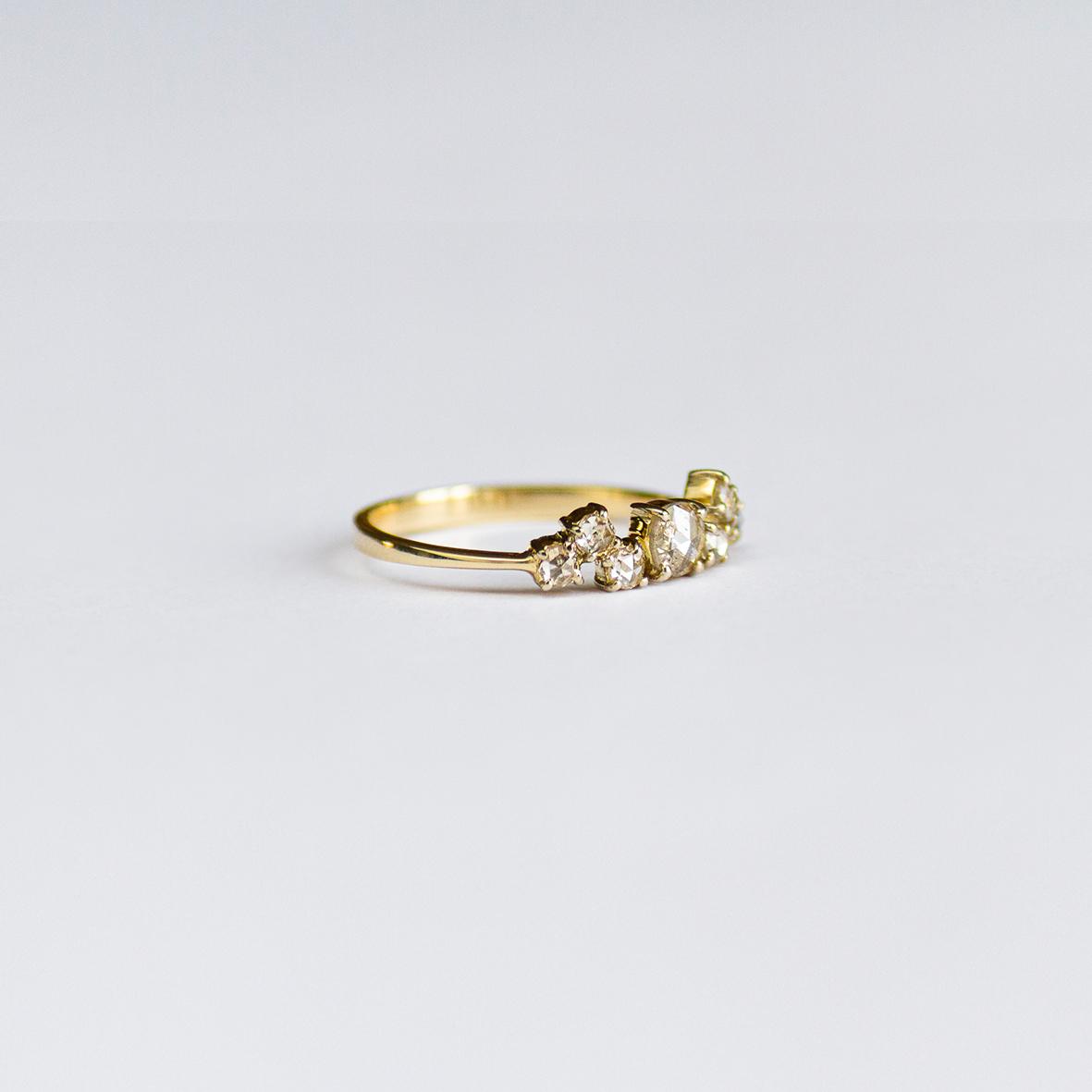 3. OONA_engagement_ficha2_wave diamonds ring