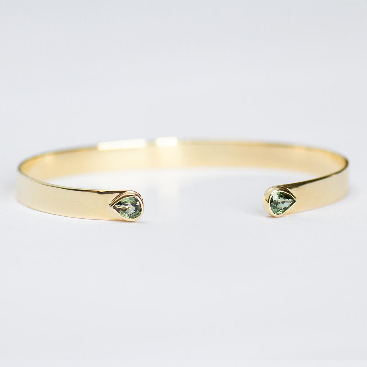 3. OONA_lotus_ficha1_flat sapphire bracelet